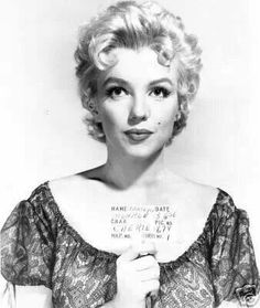 Marilyn in a hair test for Bus Stop