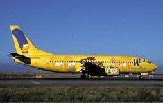 un 737 conmemorando a la famosa serie de fox los simpson