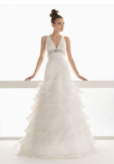 Sleeveless Crystals Empire Tiers Chapel Train Wedding Dress picture 1