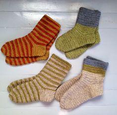nalbinbded socks, natural dyed colours