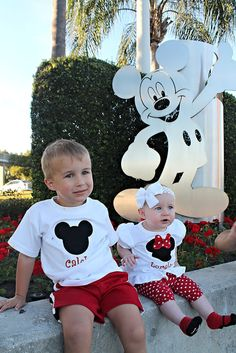 Disney World Day by Day vacation tips with young kids.  Magic Kingdom day!