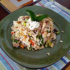 Arroz almendrado con pollo y verduras