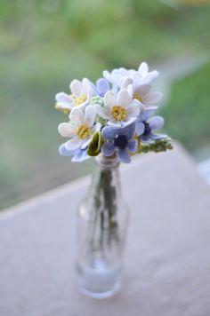 Daisy Dandelion & Wildflower Felt Flower Bouquet / Ivory