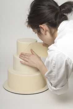 Step-by-step - make a wedding cake!