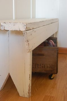 benches and wooden boxes   Visit & Like our Facebook page! https://www.facebook.com/pages/Rustic-Farmhouse-Decor/636679889706127