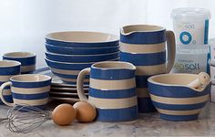 Like the stripes of Cornishware, but I think for now I'll stick to Fiesta.