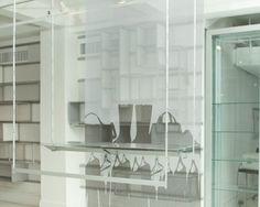 Acrobat Agile - Tenn Design LtdTenn Design Ltd