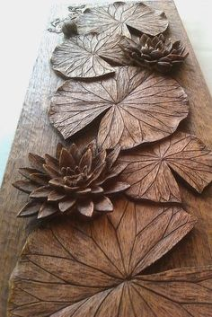Art and craft style shelves style - wood working carving Plaster Art, Wood Carving Art, Wood Carvings, Carving Designs, Wood Creations, Wooden Art, Wood Sculpture, Dremel, Wood Design