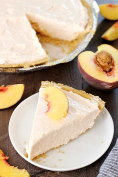 This No-Bake Peach Cheesecake was an INSTANT HIT! This No-Bake Peach Cheesecake is so quick and easy, not to mention delicious! It's the perfect treat all year long! No Bake Desserts, Easy Desserts, Dessert Recipes, Cake Recipes, Dessert Simple, Peach Cheesecake, Cheesecake Strawberries, Homemade Cheesecake, Classic Cheesecake