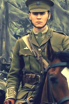 tom hiddleston--God, why did you create this man? It's just not fair!