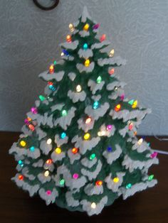 Ceramic Christmas Tree, Green with Snow covered Branch tips. Iridescent glitter on the snow makes this tree shimmer like sunlight on fresh snow. Christmas Tree Yarn, 30 Diy Christmas Gifts, Vintage Ceramic Christmas Tree, Pink Christmas, Christmas Time, Christmas Decorations, Christmas Things, Vintage Decorations, Xmas Trees