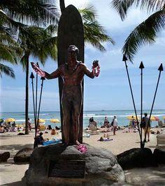 Waikiki, Hawaii Statue of Duke Legendary Surfer