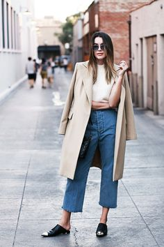 slip on mules outfit street styles Slip On Mules, Flat Mules, Amy Jackson, Love Fashion, Autumn Fashion, Fashion Outfits, Miroslava Duma, Backless Loafers, Look Office