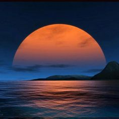 So Beautiful Moon over Ocean Beautiful Moon, Beautiful World, Beautiful Places, Simply Beautiful, Moon Pictures, Pretty Pictures, Moon Pics, Amazing Pictures, All Nature