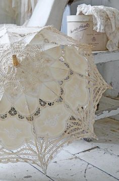 Vintage French Brocante ~ Hat boxes and a beautiful lace parasol.... ᘡղbᘠ