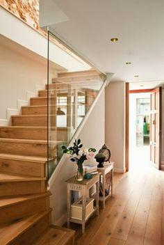 miminirojodechocolate: El que sube una escalera debe empezar por el primer peldaño.
