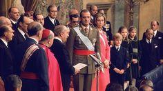España volvió a ser una Monarquía tras un paréntesis de 44 años