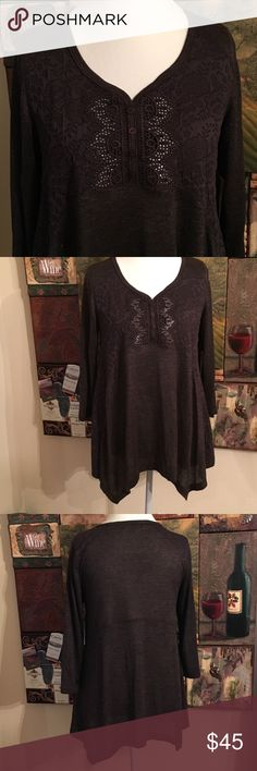 UNITY WORLD WEAR KNIT LONG SLEEVE TOP SIZE M NEW !  Unity World Wear Medium to Light Knit Top in Onyx Heather with Black Metallic Rhinestones.  Complete Comfort Wear. Size M Unity World Wear Sweaters Crew & Scoop Necks