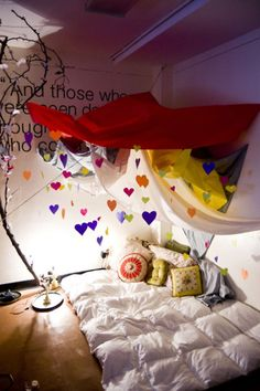 How cosy and whimsical does this look? Love the idea for a kid space.<<<what do you mean kids I want this for myself