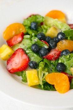 summer strawberry salad with poppy seed vinaigrette - bjl