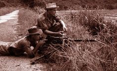 French navy commandos with a Browning M1919 in Indochine.