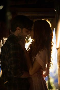 Juno Temple and Daniel Radcliffe - Horns Harry James Potter, Harry Potter Universal, Daniel Radcliffe Horns, Juno Temple, Temple Pictures, Bonnie Wright, Harry Potter Aesthetic, Drarry, Celebrity Crush