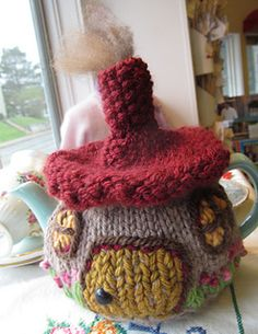 Hobbit Cottage Tea Cozy - its knit so Ill have to figure out how to crochet it, cant be that hard i suppose