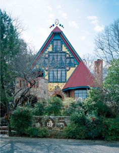 Casa Neverlandia in Austin, TX - the home and pet project of homeowners James Talbot and Kay Pils.