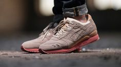 e39bd97c5aca3 Packer Shoes Finally Has an Asics Gel Lyte III Collab Chaussure, Chaussures  Asics, Chaussures