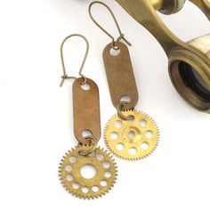 Vintage gear earrings exclusive design by Mystic Pieces #steampunk #jewelry #mysticpieces #etsy