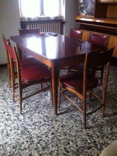 Tavolo e 6 sedie anni 60
