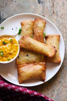 Best Vegetable Recipes, Vegetarian Recipes, Cooking Recipes, Vegetarian Cooking, Homemade Spring Rolls, Ital Food, Veggie Spring Rolls, Asian Recipes, Ethnic Recipes