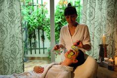 Erfrischende Kosmetikbehandlungen Wellness
