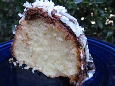 Louanne's Kitchen: Save Room for Dessert...Coconut Pound Cake