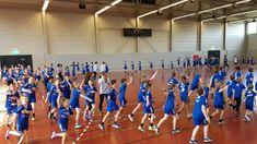 Letzter Trainingstag! Ab morgen Mittag finden die Abschlussturniere der Camp-Teilnehmer statt! Zuschauer sind willkommen! #handballschweiz #camp #winterthur #gabesnurreis #wumitraellertweihnachtslieder Winterthur, Trainer, Sport, Basketball Court, Camping, Tags, Handball, Campsite, Deporte