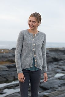 shore cardigan by carrie bostick hoge / in quince & co owl / published in swoon maine, by madder