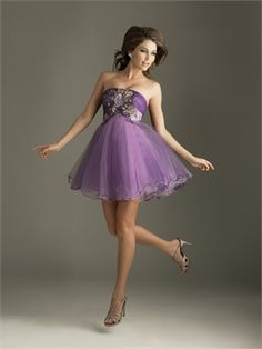 Strapless Tulle Applique Violet Mini Prom Dress PD1231 http://www.simpledresses.co.uk/strapless-tulle-applique-violet-mini-prom-dress-pd1231-p4208.html £77.0000