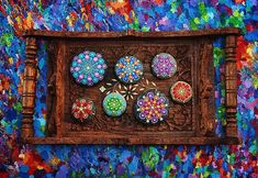 Elspeth McLean: Kamenné mandaly plné farieb a harmónie