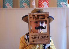 Résultats Google Recherche d'images correspondant à http://libelul.com/wp-content/uploads/2012/10/goodies-cowboy-JAMES-by-libelul1.jpg