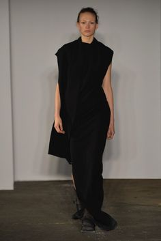 Joseph F/W 2015-16. Click on the image to see the entire show.