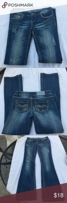 Hippie Laundry Jeans Size 3 Hippie Laundry Jeans Size 3. Distressed. Feel free to ask any questions :) Hippie Laundry Jeans Flare & Wide Leg