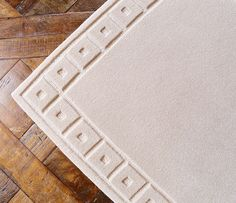 Our classic SQUARE BORDER design; a versatile design that can be made in any size carpet or rug and in any colour and quality. #Colbourns…