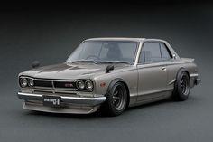 IG0040 1/18 Nissan Skyline 2000 GT-R (KPGC10) Silver | LINE UP | ignition model - すべてはミニチュアカーコレクターのために。