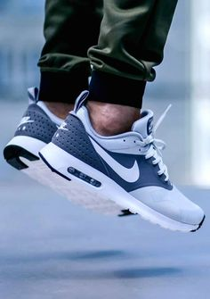 outlet store ff711 9d66f Nike Tavas, Nike Air Max Tavas, Roshe Shoes, Sneakers Shoes, Sneakers  Fashion