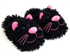 Cat slippers for women - the perfect gift for a cat lady