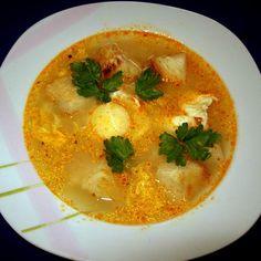 Egy finom Savanyú tojásleves pirított kenyérkockákkal ebédre vagy vacsorára? Savanyú tojásleves pirított kenyérkockákkal Receptek a Mindmegette.hu Recept gyűjteményében! Hungarian Recipes, Hungarian Food, Soups And Stews, Thai Red Curry, Recipies, Food And Drink, Cooking Recipes, Diet, Ethnic Recipes