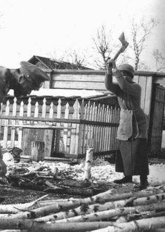 Романовы: Из фотоальбомов последней царской семьи Николай II, Ольга в Тобольске, 1917