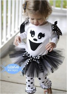 This ghost tutu outfit includes an embroidered onesie or shirt (your choice of short or long sleeves) with satin black and white bows--for sale.  Wish I had a little one again!!!!!
