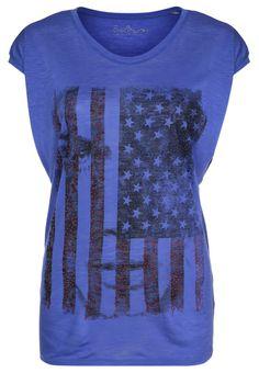 http://www.zalando.no/best-mountain-t-shirts-med-print-bla-b2521d04c-k11.html