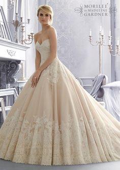 Mori Lee 2674, $1,300 Size: 10 | New (Un-Altered) Wedding Dresses